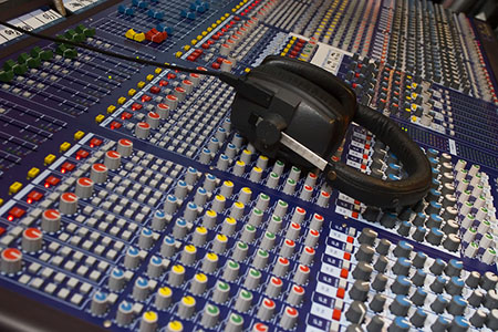 audio visual mixing desk